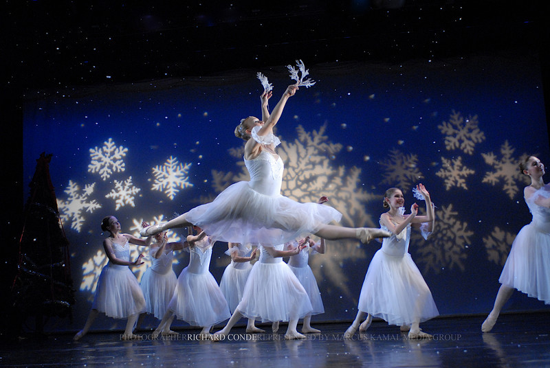 NUTCRACKER 2006 / N 62 MOONEY / COOLEY DANCE COMPANY