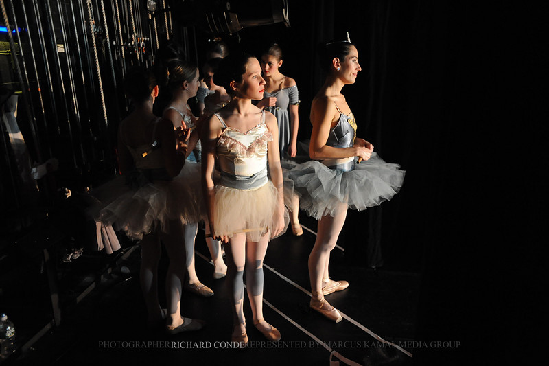 NUTCRACKER 2010 / N 95 MOONEY / COOLEY DANCE COMPANY