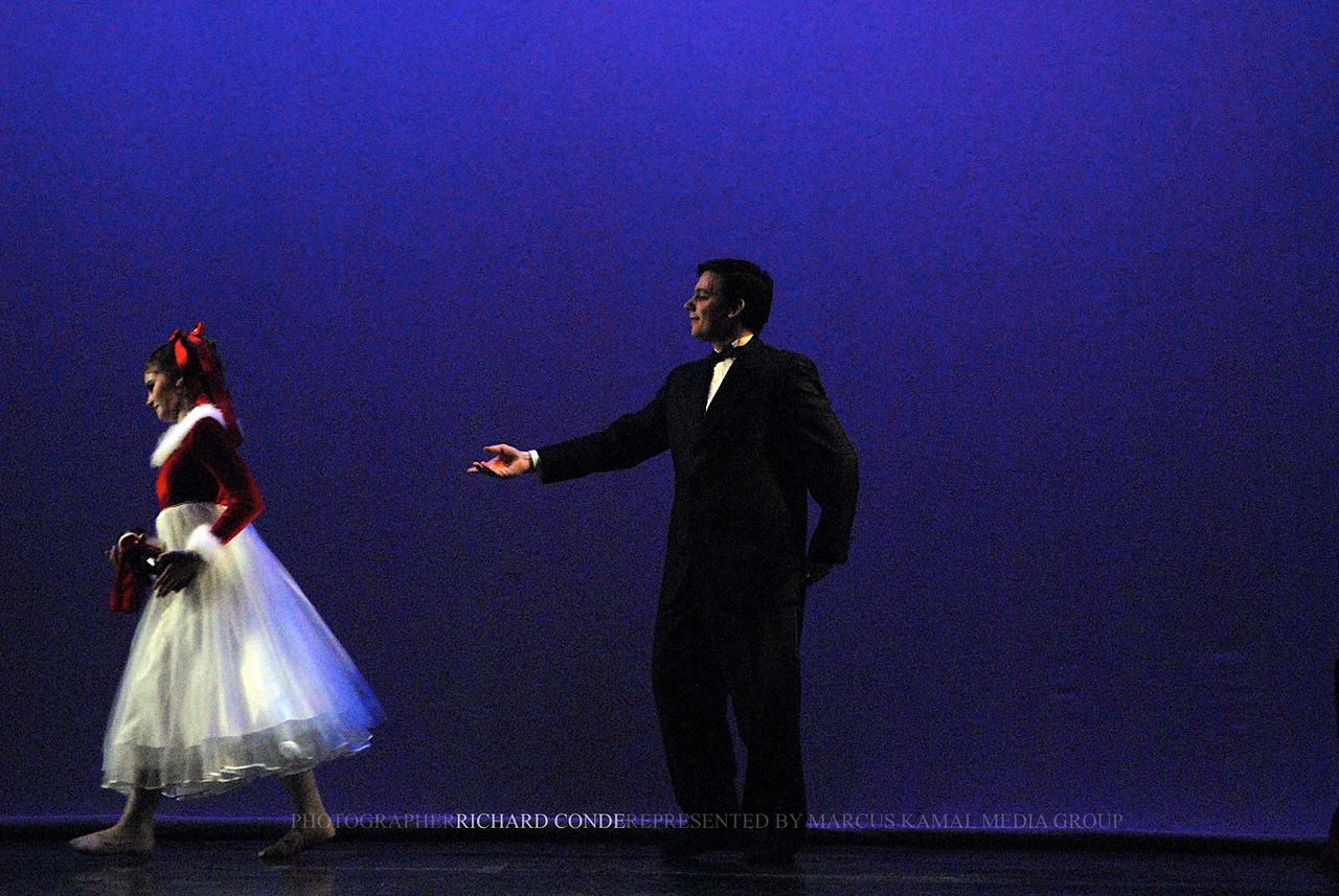 NUTCRACKER 2006 / N87 MOONEY / COOLEY DANCE COMPANY