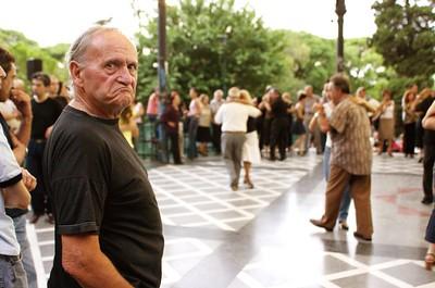 ..., y tango