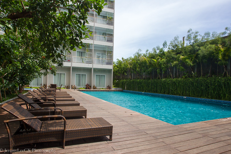Holiday Inn Express Bali Raya Kuta - Swimming Pool