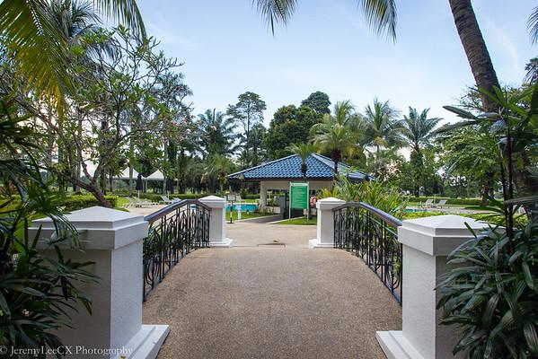 Holiday Inn Kuala Lumpur - Common Area - Bridge Leading to Swimming Pool