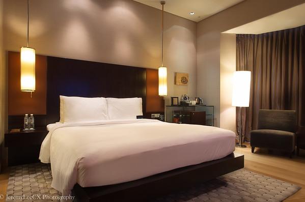 Hilton Kuala Lumpur - Executive King Room - Night Shot