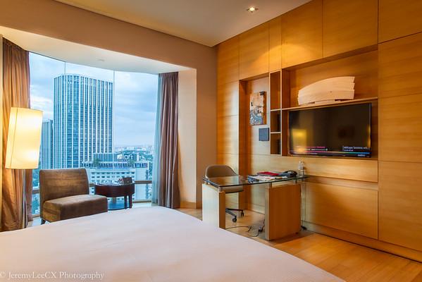 Hilton Kuala Lumpur - Executive King - Evening Room Shot