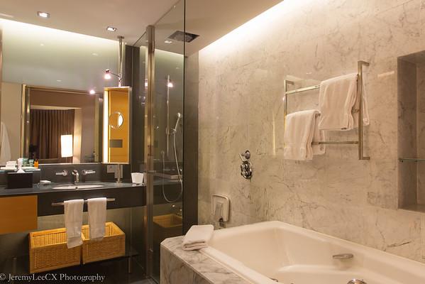 Hilton Kuala Lumpur - Executive King - Bathroom