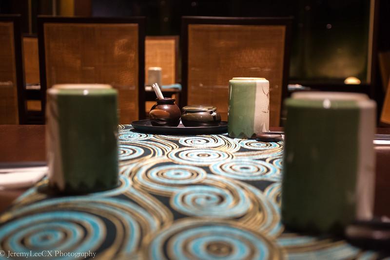 Holiday Inn Kuala Lumpur - Fu-Rin - Table Condiments
