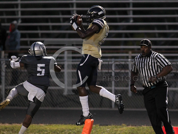 September 20, 2019: HS football action between Potomac HS and Largo HS in Largo, MD. Photos by Chris Thompkins/thesportsfannetwork