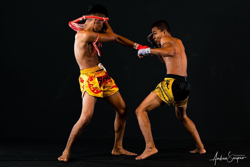 Exchanging Blow at Muay Thai