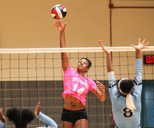 Bowie vs Roosevelt girls volleyball