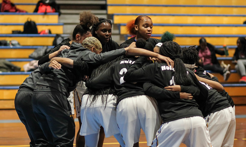 January 25, 2019: Laurel players huddle before the tipoff of high school girls basketball action between Northwestern HS and Laurel HS in Laurel. Photo by: Chris Thompkins/Prince Georges Sentinel