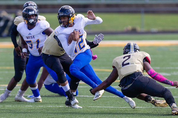 High School Football: Oxon Hill vs. Wise