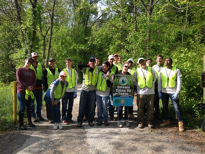 5.10.2017  Alberton Road and Patapsco River Cleanup with CohnRenick Employees
