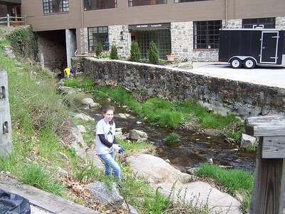 4.5.08 Tiber Hudson Project Clean Stream