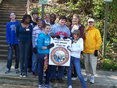 4.14.10 In Historic Oella, Cleanup Along the Patapsco River with Hammonds Middle School