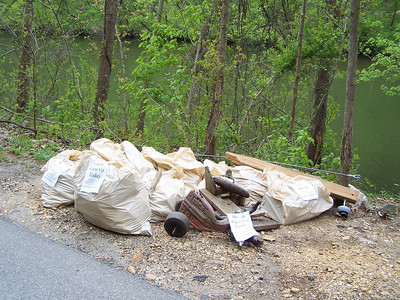 4.17.10 Cleanup Along River Rd in Catonsville