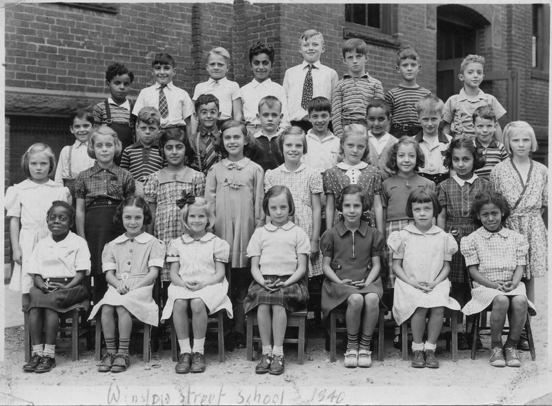 Marianne, second row, fourth from left.