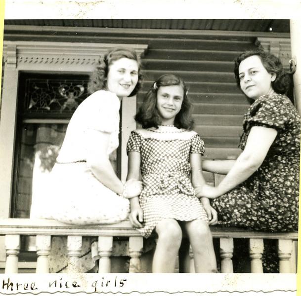 Marianne Adler (c) 1940, in Worcestor (neighbors unknown)