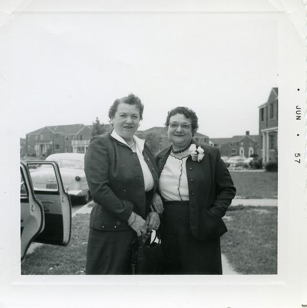 Selma Adler (l) & Gertrude Aaron (Jun 1957) Long Island
