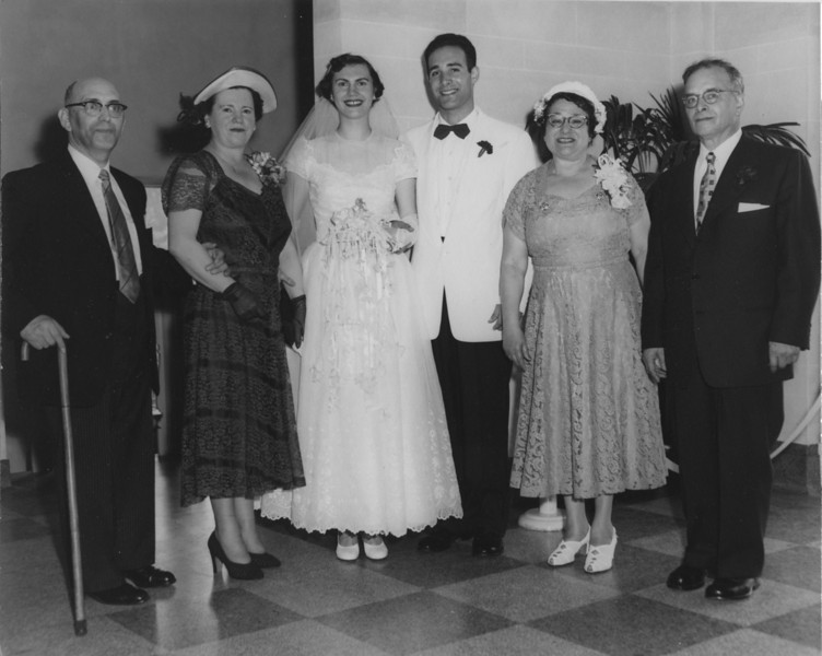 (l-r), Hugo & Selma Adler, Marianne & Ronald, Gertrude & Barney Aaron