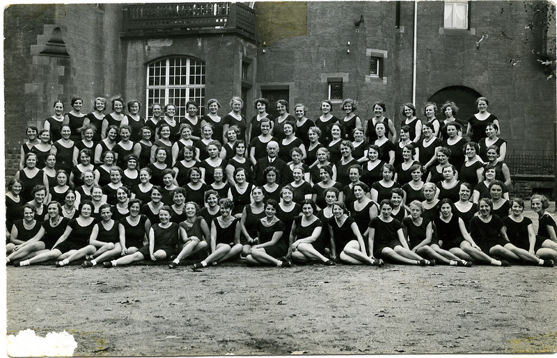 RS023 | Exercise Class, Mannheim, circa 1930; Selma (Rothschild) Adler is standing third from right, in second to last row (wearing dark necklace)