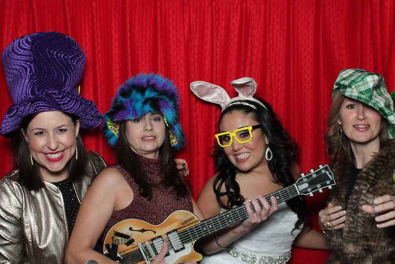 wedding photo booth image 44552121223