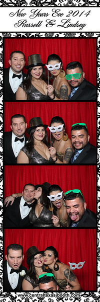 wedding photo booth image 123385544