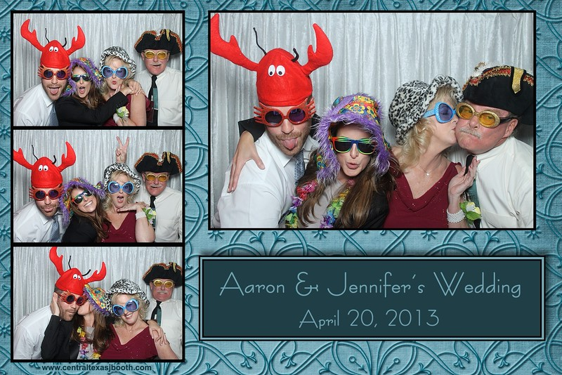 photo booth print from a Fredericksburg wedding 2