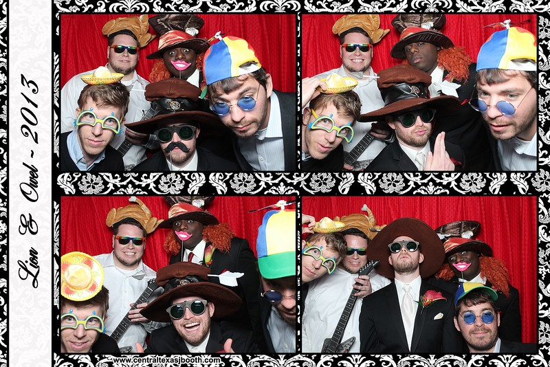 Round Rock, Austin photo booth for weddings pic 3