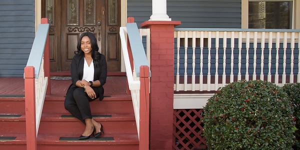 Kristine outside 2_94A2717