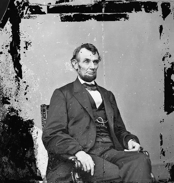 An 1860s photograph of Abraham Lincoln before his assassination.