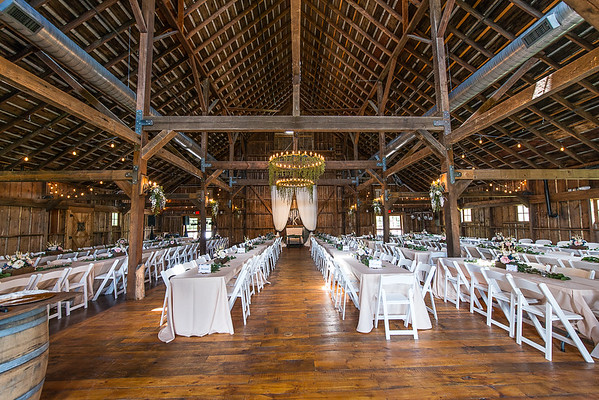160812 Creekside_Wedding_Barn 009