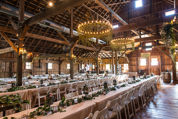 160812 Creekside_Wedding_Barn 006