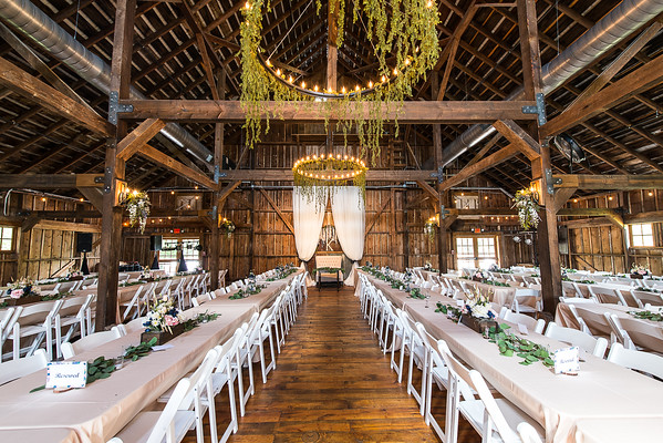 160812 Creekside_Wedding_Barn 011