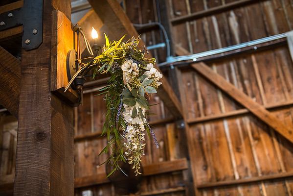 160812 Creekside_Wedding_Barn 007