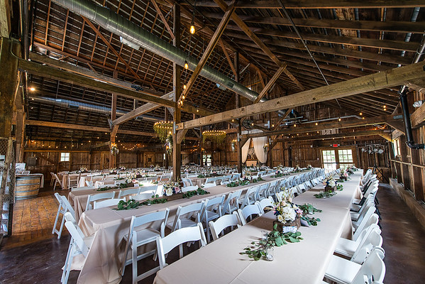 160812 Creekside_Wedding_Barn 010