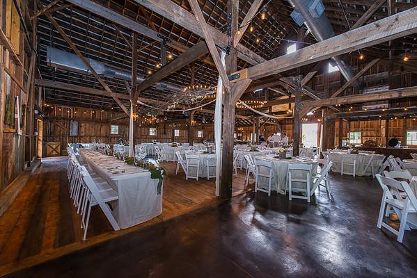 160820 Creekside_Wedding_Barn 012