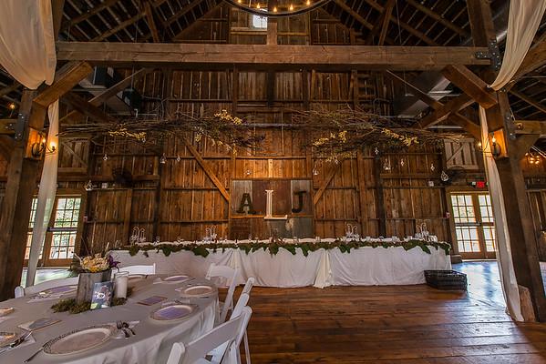 160820 Creekside_Wedding_Barn 007