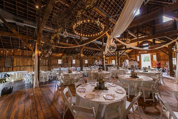 160820 Creekside_Wedding_Barn 014