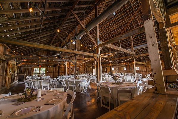 160820 Creekside_Wedding_Barn 001