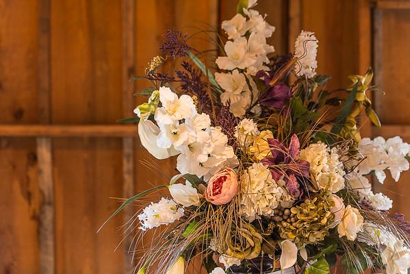 160820 Creekside_Wedding_Barn 022