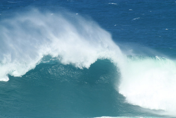 DEC 31 2012 The wave at Ho'okipa. Red Bull is off but going to Jaws first thing, Swell in 20FT.