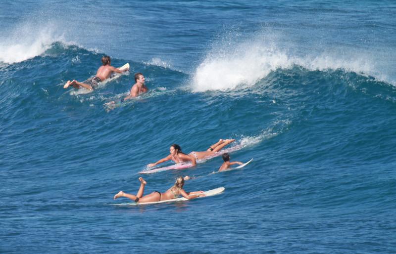 SURFER GIRLS
