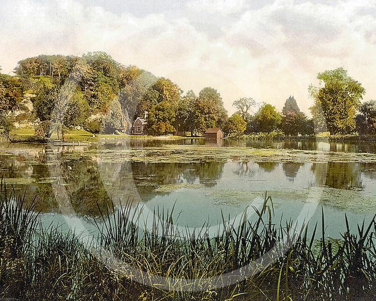 Swanbourne Lake, Arundel Castle, Arundel, West Sussex.