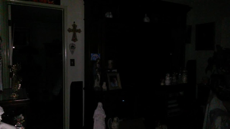 PART 2 - THE LIGHT OF JESUS AND THE ARCHANGELS - AS CAPTURED ON VIDEO EASTER EVENING APRIL 1, 2018