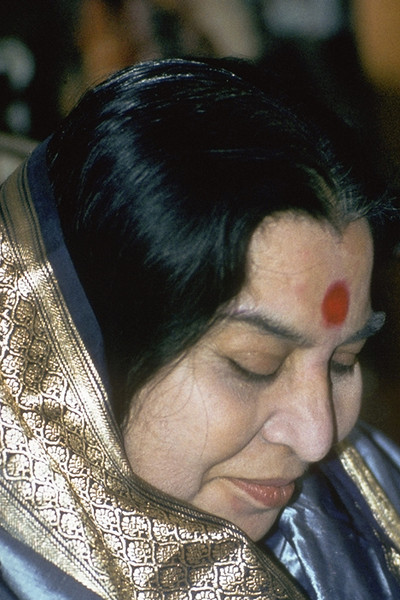 Navaratri Puja, 17 October 1982, Temple of All Faiths, London