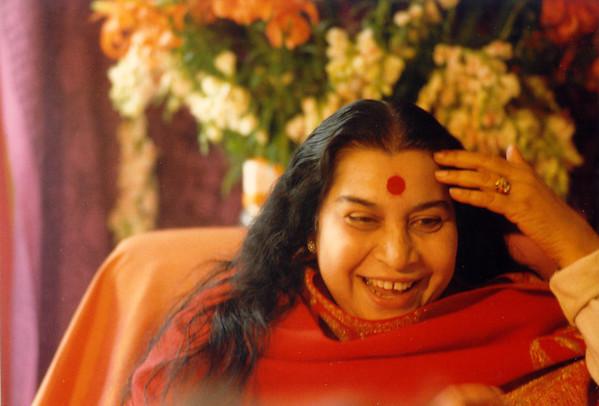 Shri Rajalakshmi Puja, Paris, June 1983
