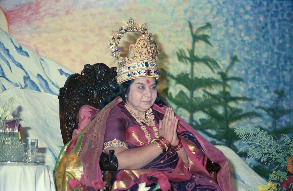 Sahasrara Puja, 3 May 1987, Thredbo Australia (Matthew Fogarty photo)