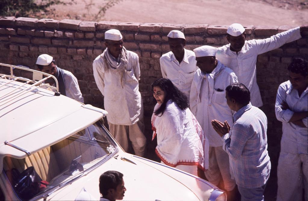 Shri Mataji in India (Malcolm Murdoch photo) (56 MB tiff file available upon request)