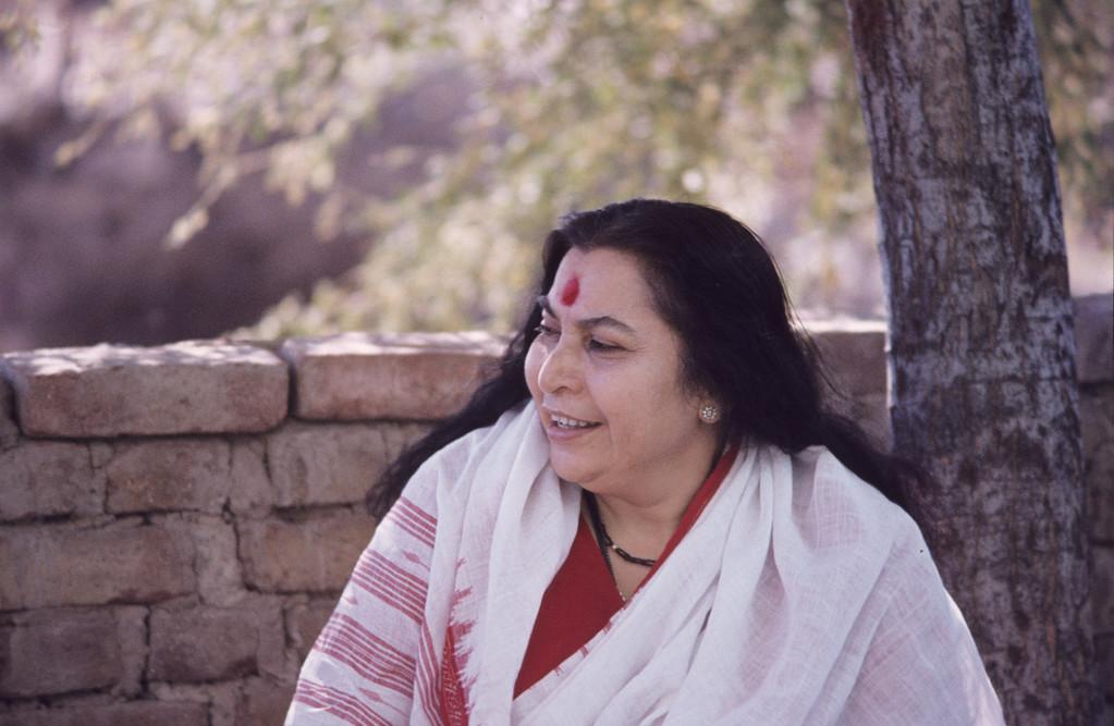 Shri Mataji in India (Malcolm Murdoch photo)