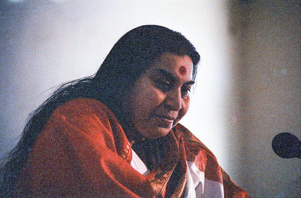 Mahasaraswati Puja, 14 January 1983, Dhulia India (Matthew Fogarty photo)